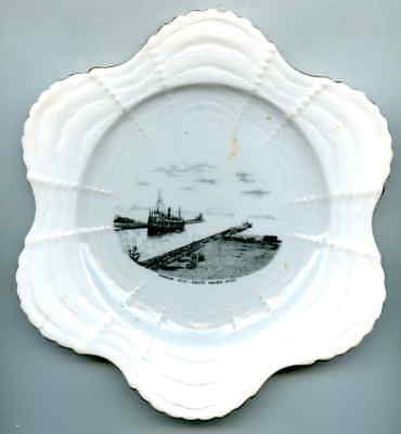 SOUVENIR Plate Harbor View South Haven MI Made for Tall & Son Foley China Eng