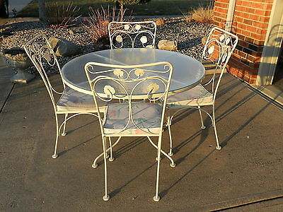 Heavy Metal Patio Table & 4 Chairs ROSE pattern by WOODARD - Vintage Indiana PU
