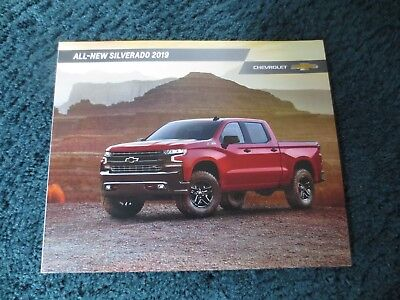 2019 All New Silverado Z71 Trail Boss Ltz Chevrolet Dealer Showroom Brochure