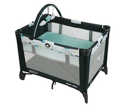 Graco Pack 'n Play On the Go Playard/Playpen with Bassinet/Napper Travel Stratus