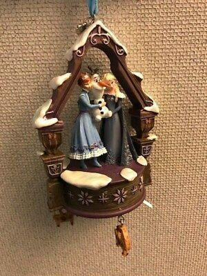 Frozen Elsa Anna  Olaf Musical  Disney Sketchbook Ornament New With Tag