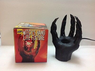 Witch's Hand Lite Fixture Halloween Model 1401 (1)