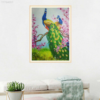 E672 Modern Diamond Embroidery Cross Stitch 30 * 40cm Peacock Animal Painting