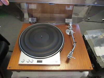 JVC MODEL VL-8. 33/45 rpm BELT DRIVE TURNTABLE. HAS ISSUES. PARTS/REPAIR. JAPAN