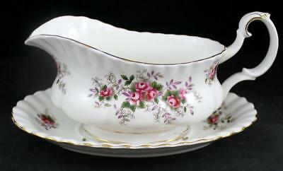 Royal Albert LAVENDER ROSE Gravy Boat with Underplate Bone China GREAT CONDITION