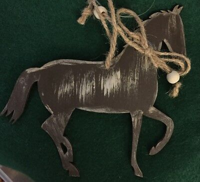 Wooden horse ornament. Free fast shipping in the USA!