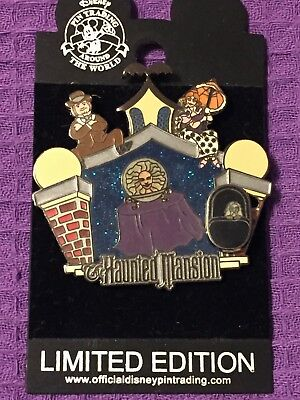 Disney Pin Haunted Mansion Memorable Scenes Madame Leota Blacklight LE