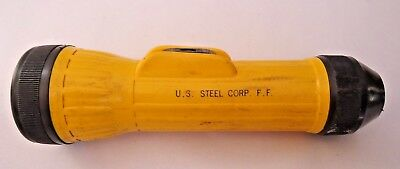 Vintage U.S STEEL CORP Bright Star FLASHLIGHT NO.2618 Made in USA