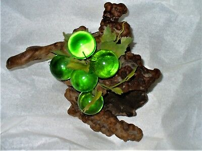 Beautiful Green Lucite Acrylic Large Grape Cluster perfect condition.
