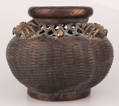 China Rare Bronze Hand-Carved Crab Conch Statue Pot Big Qing Year Old Collection