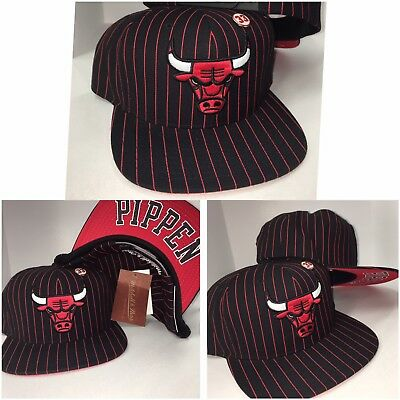 NEW Mitchell & Ness Chicago Bulls BLACK - RED snapback Adjustable Hat Cap