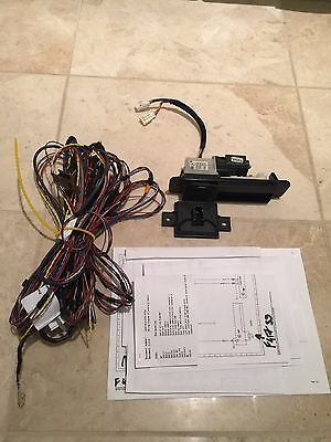 MERCEDES Reversing Camera W205  C class Sedan Saloon KIT GENUINE