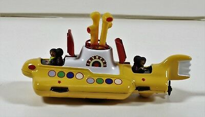 The Beatles Yellow Submarine Corgi Classics (666)