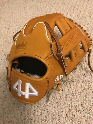 """Brand New. Never Used. 44 pro gloves Signature Series 11.5"""" Crown Tip / Wing Tip"""