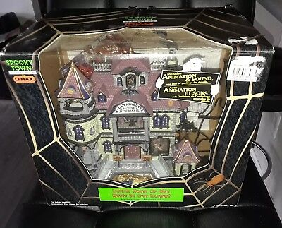 Lemax Spooky Town ~ House of Wax - Lights/sound/animated - IN BOX TESTED
