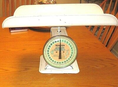 Vintage Old Hanson Nursery Baby Scale 3025 30 lbs Tray White Pink Works  CLEAN