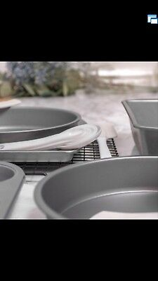 BakerEze 20 Piece Bakeware Set with Cooling Rack and Essential Baking Accessorie