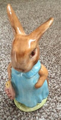 BESWICK Beatrix Potter figurine. Mrs Flopsy Bunny. Exc Condition. Vintage 1965