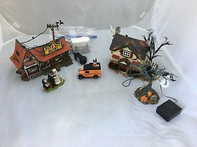 Dept 56 Halloween Lot -Dead End Motel- Haunted House -Tree and Figures