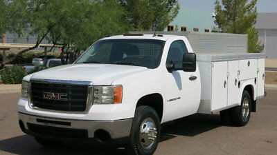 2008 GMC Sierra 3500HD Cab-Chassis READING ENCLOSED UTILITY BED 1 OWNER 2008 GMC C3500 WITH AN 11FT READING ENCLOSED UTILITY BED 1OWNER NEW TIRES 64 SER