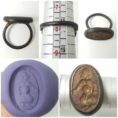 Amyzing antique bronze intaglio stamp  seal ring