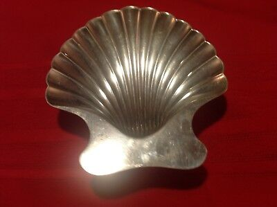 Tifany and Company Makers  Sterling 28478 925-1000 yyy 8051 Nut Dish