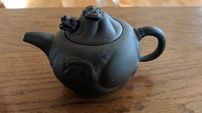 Vintage Chinese Yixing Clay Zisha Pottery Teapot Tea Pot