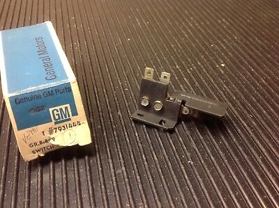 1971-75 Chevrolet Vega Monza Nos A/c Switch Gm# 7731444   All H Body With A/c Ch