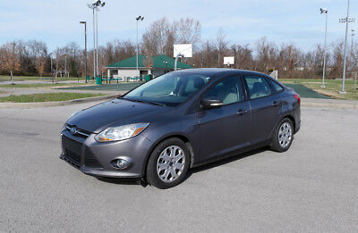 2012 Ford Focus affordable, dependable 2012 ford focus se 2.0l