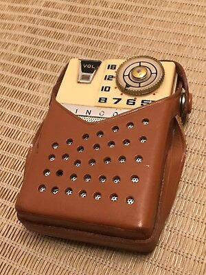 Vintage Pocket Transistor Radio With Case Lincoln