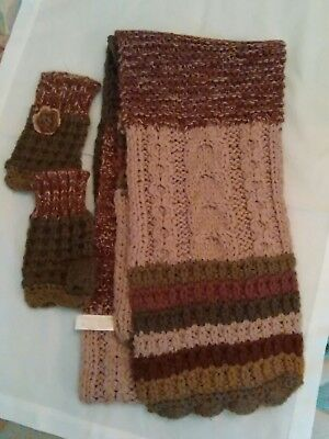 Accessorize scarf and glove set new