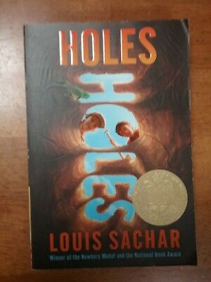 Holes (New Paperback Book) by Louis Sachar