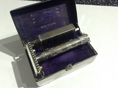 Vintage Gillette Bostonian Improved New Open Comb Safety Razor DE And Case 1922