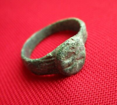 Ancient ROMAN BRONZE ENGRAVED  RING