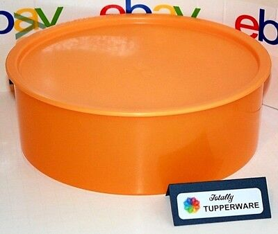 Tupperware Canister One-Touch F Cookie Container Airtight 9.5 Cup Round Orange