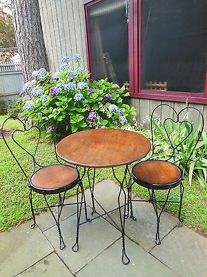 Vintage Twisted Iron Ice Cream Parlor Bistro Sweetheart Table & Chair Set for 2