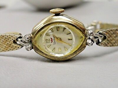 Waltham Antique running 21 Jewels ladies watch gold plated 5 inch band petite