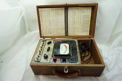 VINTAGE TUBE TESTER WESTON MODEL 777 VACUUM TUBE CHECKER WOOD CARRYING CASE d