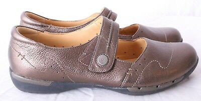 Clarks Unstructured Artisan UnHelma Walking Metallic Mary Janes Women s US  9M 8a1d4ad475