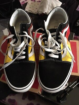 e3b7174c74d903 OLD SKOOL BLACK White Flame Vans Size 9 Worn Once -  37.00