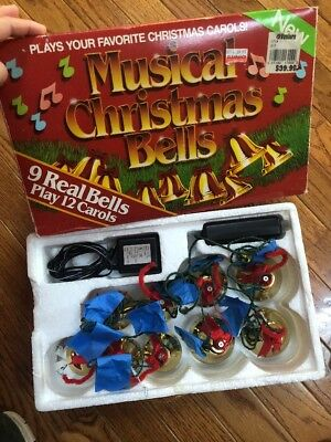 Vtg MUSICAL CHRISTMAS BELLS 9 Brass Bells Plays 12 Songs Carols 1990 W / Box