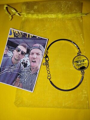 Twenty One 21 Pilots Trench the Bandito Tour Glass Dome Bracelet Yellow