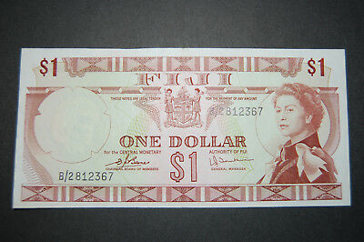 FIJI 1974 $1 Dollar P71b Uncirculated. Queen Elizabeth
