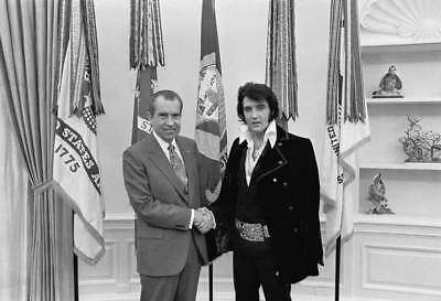 Vintage Elvis Meets Nixon Photo 331 Bizarre Odd Strange