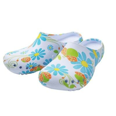 Medical Shoes Breathable Hospital Surgical Doctor Nursing Clogs Slippers Shoes