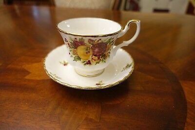 Royal Albert Old Country Roses Holiday Tea cup and Saucer