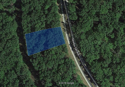Beautiful lot - right near the lake - full utilities! (Lake of the Ozarks, MO)