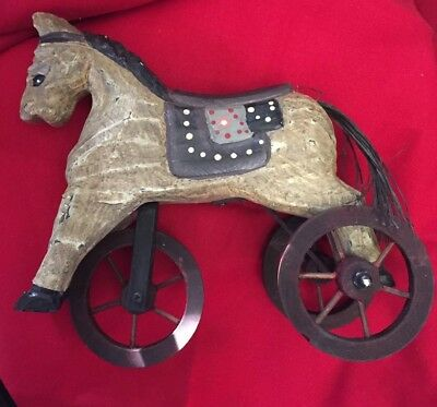 Vintage horse on wheels ! Free fast shipping in the USA!