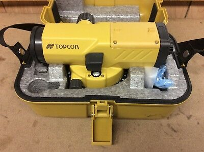 TOPCON AT-B4 24x Automatic Level in case with manual and lens cloth