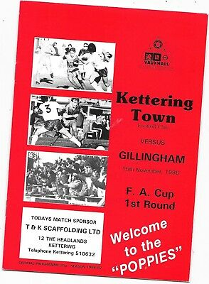 Kettering Town v Gillingham FA Cup 1st Round 15/11/1986